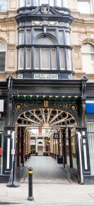 Entrance to Hepworth's Arcade, Whitefriargate.