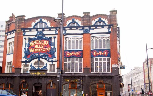 Typical traditional Lime Street pub.